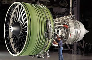 GE90发动机